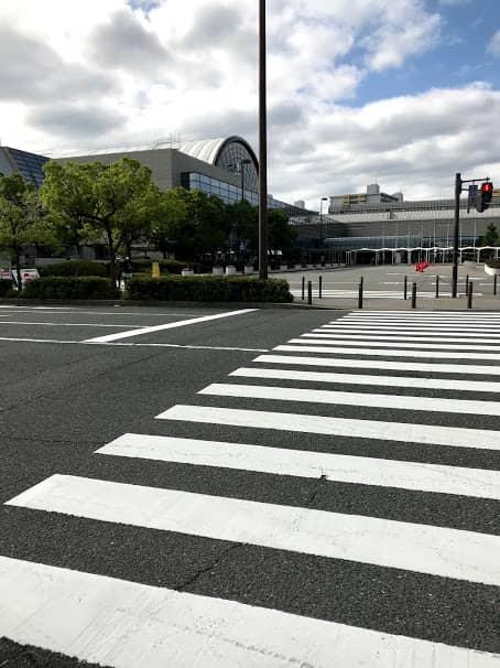 インテックス大阪前の横断歩道