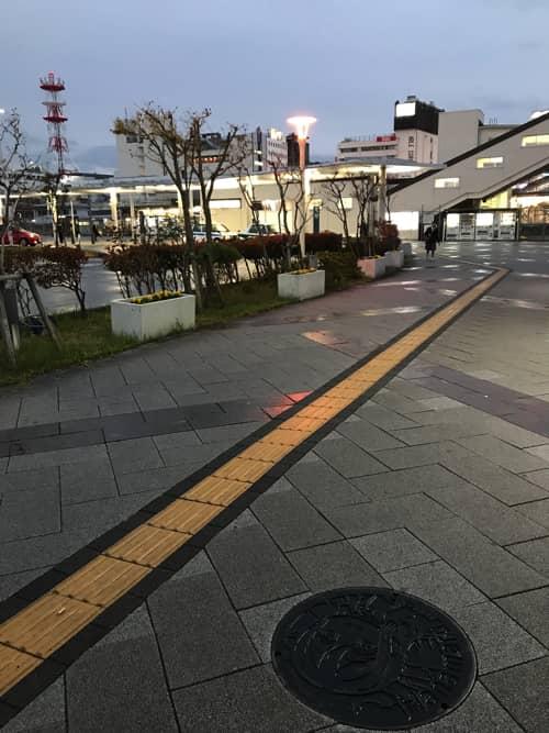 国木田花丸マンホール(黒)設置場所