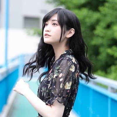 三船栞子役:小泉萌香の年齢と画像