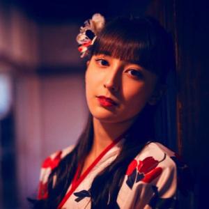 平安名 すみれ役:ペイトン尚未の年齢と画像